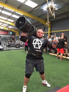 Tom Read UK strongman competitor
